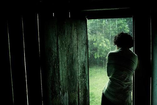 agorafobia-o-medo-de-viver-la-fora[1]